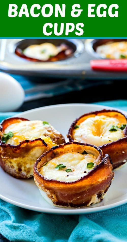 Bacon and Egg Cups make an easy low carb breakfast #healthy #keto #paleo