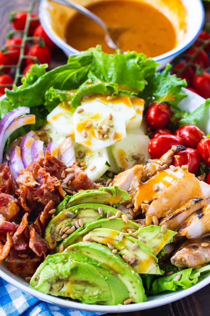 Salad with grilled chicken and honey mustard vinaigrette