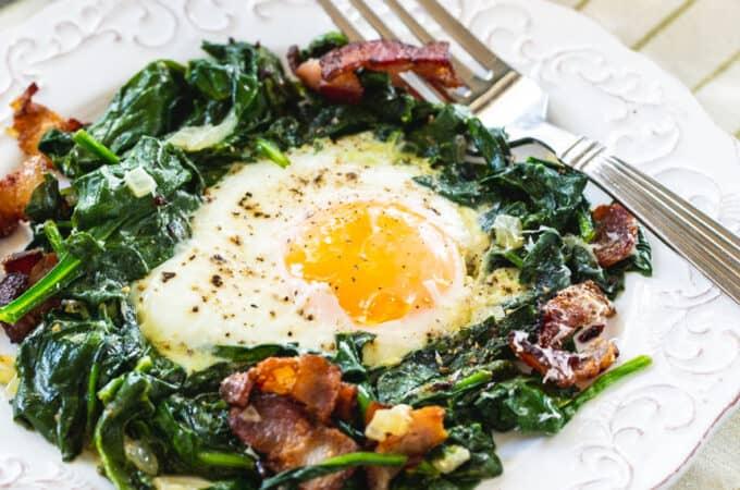 Keto Eggs Florentine