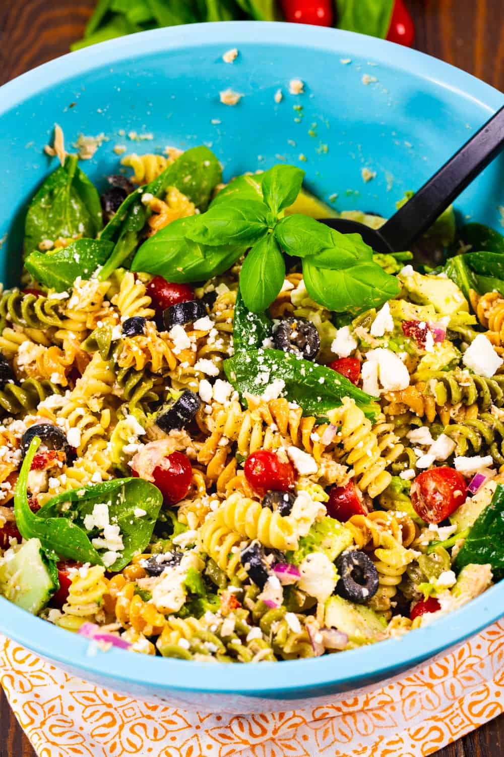 Tuna Pasta Salad with Balsamic Vinaigrette.in a large blue bowl.
